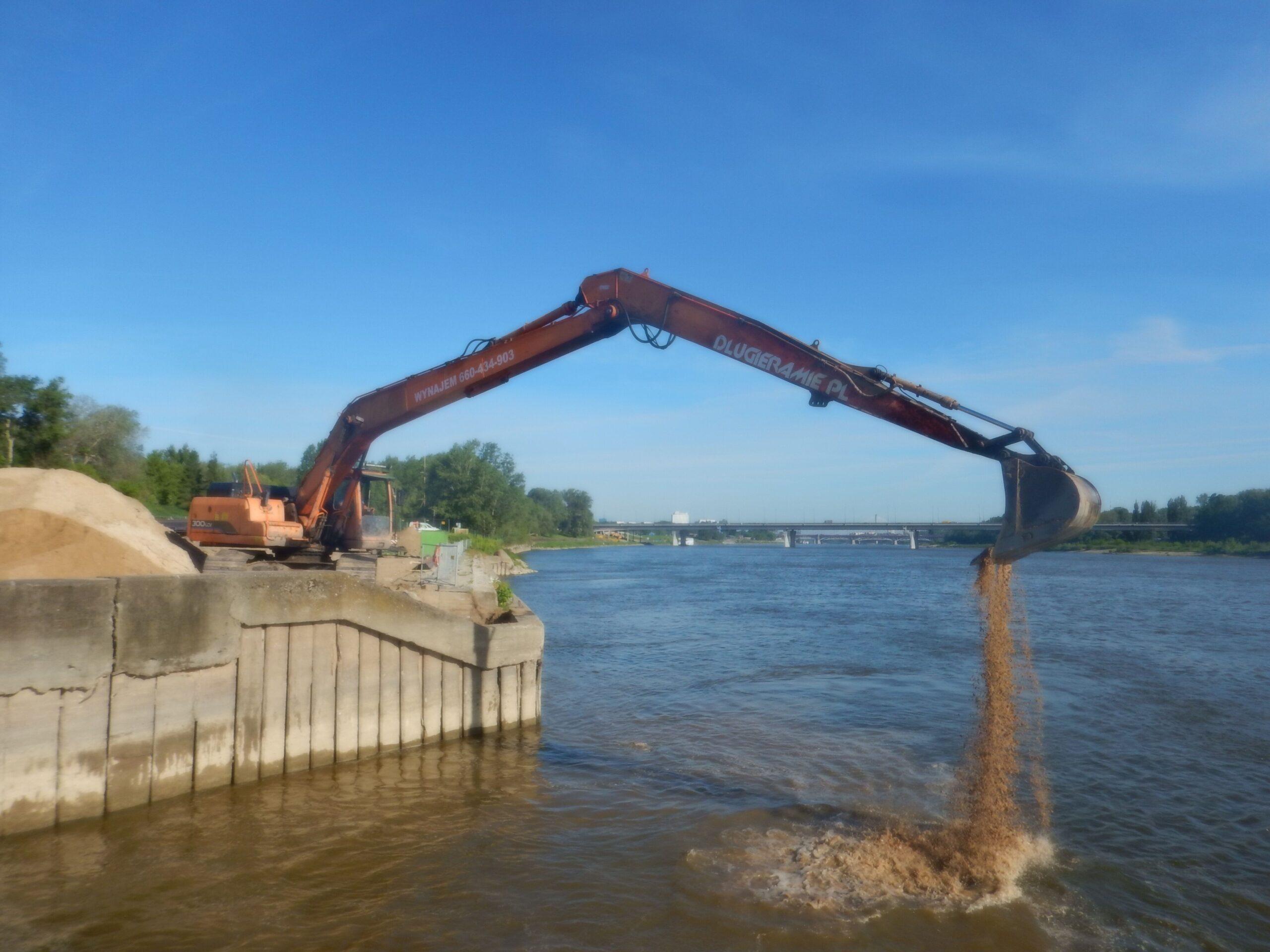 Budowa nabrzeża przy wykorzystaniu koparki long_5