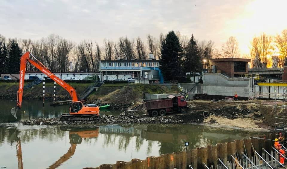 Prace ziemno - wodne w Porcie Praskim - Warszawa_2